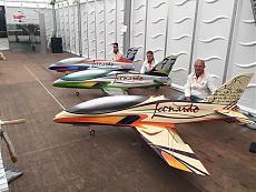 Leonardo Sport Jet: l'arte di volare con lo stile italiano-i-piloti.jpg