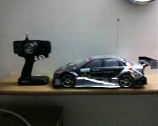 Lucciola garage.-hype-bmw-dtm.jpg