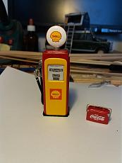 Shell gasoline pump 1/24-20170413_161002.jpg