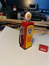 Shell gasoline pump 1/24-20170413_161009.jpg