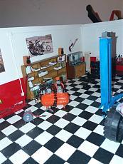 (Diorama) Garage - Rifugio per soli uomini-img_20180318_203441.jpg