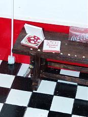 (Diorama) Garage - Rifugio per soli uomini-img_20180321_182535.jpg
