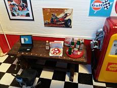 (Diorama) Garage - Rifugio per soli uomini-img_20180407_163712.jpg