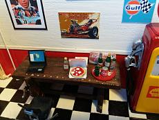 (Diorama) Garage - Rifugio per soli uomini-img_20180407_163717.jpg