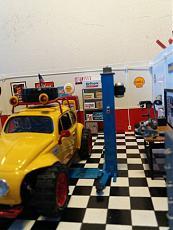 (Diorama) Garage - Rifugio per soli uomini-img_20180407_163942.jpg