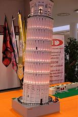 Una Torre di Pisa da 30.000 pezzi a Model Expo Italy 2017-16251679_1801671140073236_5101374910607973021_o.jpg