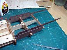 Thomas A. Edison [1904] battello a ruota [autocostruzione]-13-struttura-scafo-sostegni-montanti-poppa.jpg