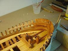 Fregata leggera L'aurore scala 1/48 di carmelo (arsenale)-ghirlande-prua.jpg