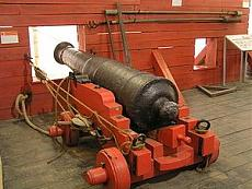 HMS Symondiets-cannone-3.jpg