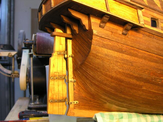 Autocostruzione della Golden Hind - Pagina 4 83127d1276806717-golden-hind-2-giardinetto-17