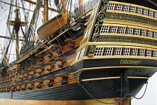 HMS Victory 1:98-14_b.jpg