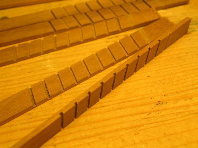 Autocostruzione della Golden Hind - Pagina 6 97421d1294433721-golden-hind-2-scalette-6
