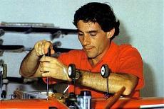 Ayrton Senna-66912_327813054006398_1605457755_n.jpg