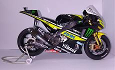 waltercalz gallery-yzr-m1-right.jpg
