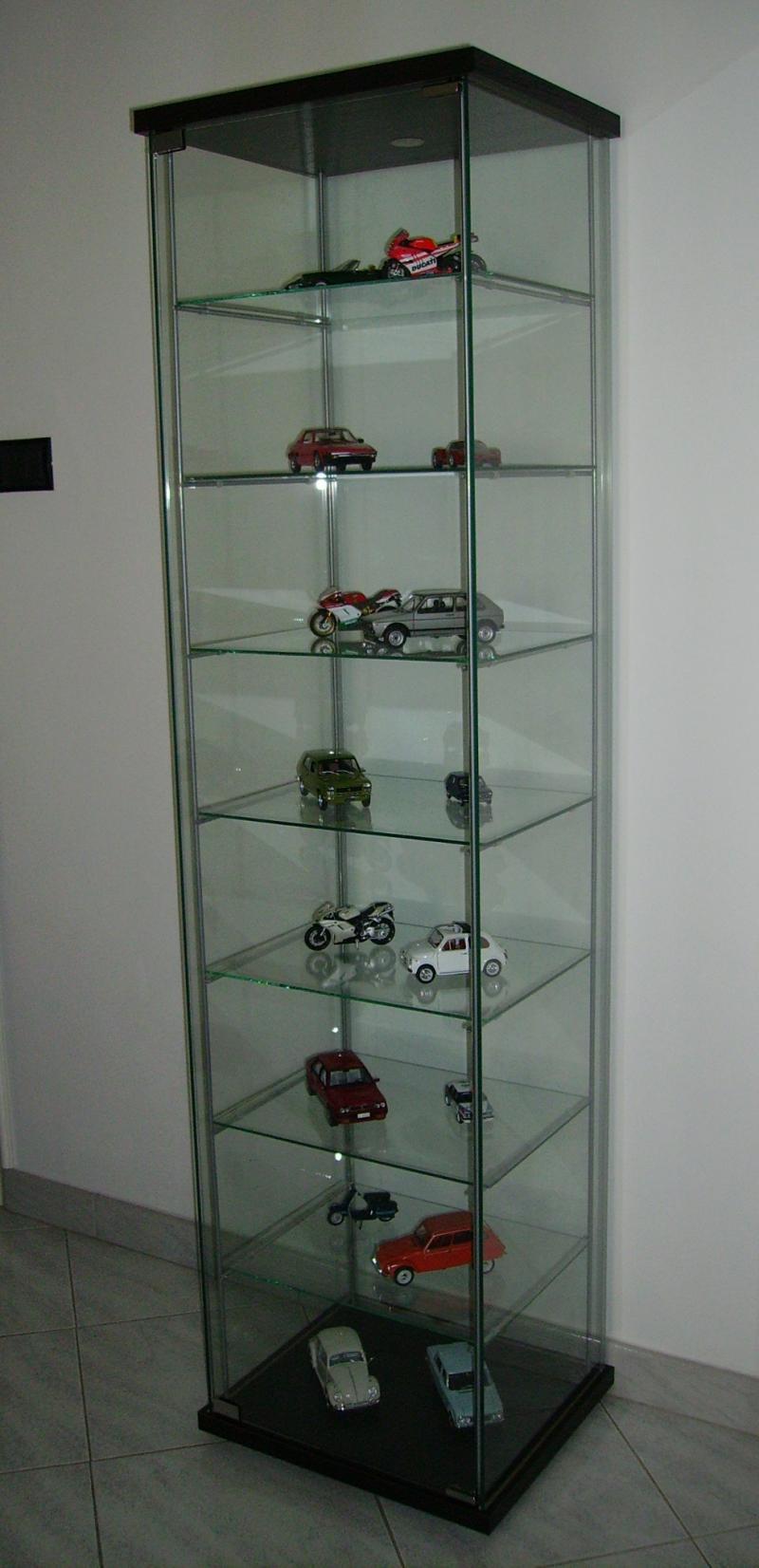 Pin vetrina in vetro collezione magnolia by miniforms for Ikea vetrine in vetro