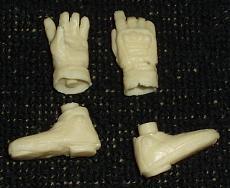 [Figurino] V. Rossi 1/12 Hobby Design in resina-mani-piedi.jpg