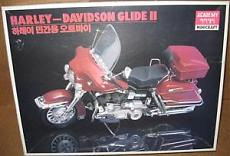 Harley Davidson FLH classic 1/10 Academy-academy-1_10-harley-davidson-glide-ii.jpg