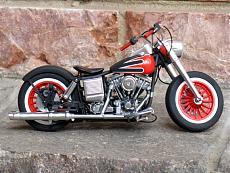 [Moto] Harley-Davidson FLH Electra Glide Custom Bobber - Revell 1/12-img_2020.jpg