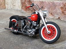 [Moto] Harley-Davidson FLH Electra Glide Custom Bobber - Revell 1/12-img_2023.jpg