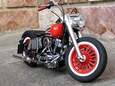 [Moto] Harley-Davidson FLH Electra Glide Custom Bobber - Revell 1/12-img_2024.jpg