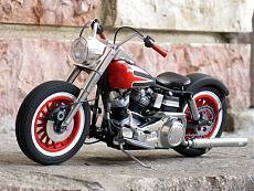 [Moto] Harley-Davidson FLH Electra Glide Custom Bobber - Revell 1/12-img_2027.jpg