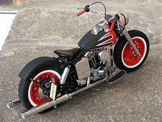 [Moto] Harley-Davidson FLH Electra Glide Custom Bobber - Revell 1/12-img_2033.jpg