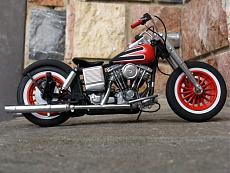 [Moto] Harley-Davidson FLH Electra Glide Custom Bobber - Revell 1/12-img_2036.jpg