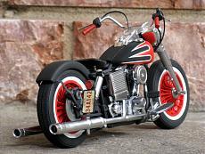 [Moto] Harley-Davidson FLH Electra Glide Custom Bobber - Revell 1/12-img_2039.jpg