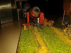 Diorama casolare con Cinquino...mattone su mattone!!!-2012-11-06-18.22.13.jpg