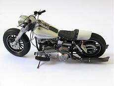 [Moto] Harley-Davidson FLH - Academy 1/10-img_4299.jpg