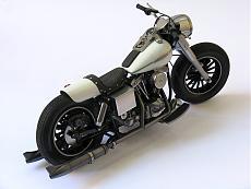 [Moto] Harley-Davidson FLH - Academy 1/10-img_4307.jpg