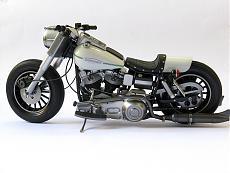 [Moto] Harley-Davidson FLH - Academy 1/10-img_4300.jpg