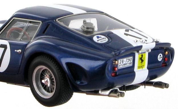 Auto italeri 250 gto 1962 scala 1 24 diorama box le for 1 1 2 box auto