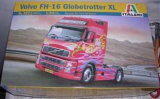 Wip Italeri 1/24 - Volvo Fh-16 Globetrotter Xl-dscn4433.jpg