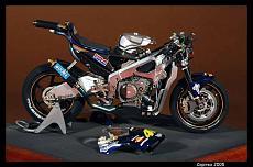 Honda RC211V-immagine_108.jpg