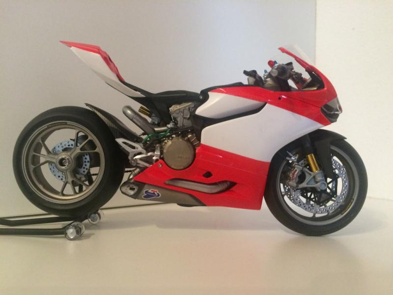 moto ducati panigale 1 12 tamiya forum. Black Bedroom Furniture Sets. Home Design Ideas