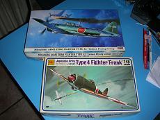 """[Aereo] Mitsubishi A6M3 """"Zero"""" e Nakajima Ki-84 """"Frank""""-zf001.jpg"""