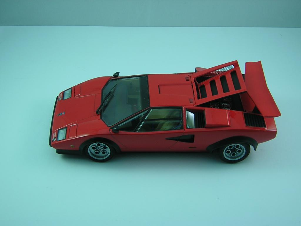 auto lamborghini countach walter wolf 1 24 tamiya pagina 2 forum. Black Bedroom Furniture Sets. Home Design Ideas
