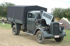 WWII German Truck ICM-beltring2008c-20-314-.jpg.jpg Visite: 37 Dimensione:   109.1 KB ID: 276730
