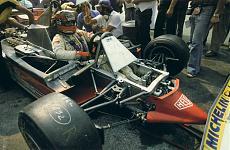 [Auto] Ferrari 312 T4 '79 Gilles Villeneuve 1/8-1979-gilles-villeneuve-ferrari_italia.jpg