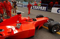 [AUTO] Tamiya Ferrari F2001 scala 1:20 - decal Marlboro e fotoincisioni Studio 27-f2001-schu-monz-2001.jpg