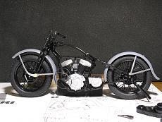 [Moto] Harley Davidson WLA 750 - Italeri 1/9-img_3296.jpg