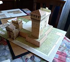 [Paper Model] Rocca di Vignola 1:200-13.jpg