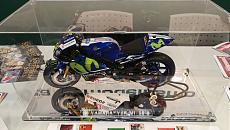 [Moto] Yamaha YZR M1 VR46 - ModelSpace DeAgostini-img_20180317_094502.jpeg