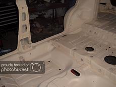 [Auto] Lancia Delta 16v Hachette1/8-floorpan015.jpg