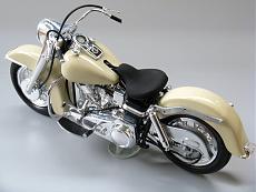 [Moto] Harley-Davidson FLH '68 Panshovel Electra Glide - Revell 1/8-img_4349.jpg