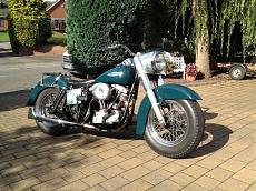 [Moto] Harley-Davidson FLH '68 Panshovel Electra Glide - Revell 1/8-68-flh.jpg