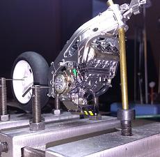 [MOTO] Repsol Honda rc211v  '06 + topstudio detail-p_20200325_194512_1.jpg