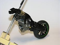 [MOTO] Kawasaki Zx-RR 2006 1/12 Tamiya + Detail-up Set-img_5400.jpg