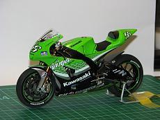 [MOTO] Kawasaki Zx-RR 2006 1/12 Tamiya + Detail-up Set-img_5493.jpg